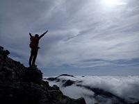 長雨の合間に登った印象に残る瑞牆のボルダリングと北岳の登山